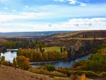 Fading into fall on the Yakima River - Thorp WA