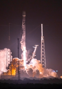 Falcon  launch last night - Shot from the LC- Gantry at Kennedy Space Center