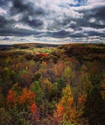 Fall colours in Mono Cliffs Park in Ontario Canada   x