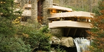 Fallingwater Mill Run Pennsylvania - Frank Lloyd Wright