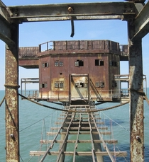 Finally a different shot of the Red Sands Maunsell Sea Forts that we havent seen posted here before Photo by ricksphotos