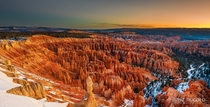 First rays of sun at Inspiration Point in the incredible Bryce Canyon Utah