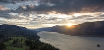 First sunrise of spring over the Columbia River WAOR