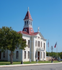 Floresville TX Courthouse built  by Alfred Giles
