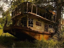 Forgotten riverboat along the Mississippi River Mamie S Barret