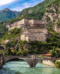 Forte di Bard a th century fortified complex built by the House of Savoy on a strategic rock spur that blocks access through the Aosta Valley northwestern Italy The previous fortress was razed to the ground by Napoleon after the seige of