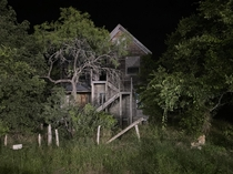 Found this creepy house in Wimberly Tx