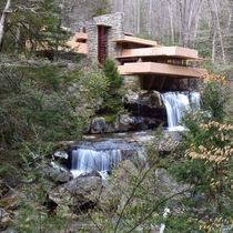 Frank Lloyd Wrights Fallingwater Home In Pennsylvania