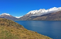Fresh snow and Lake Wakatipu - Queenstown Nwe Zealand