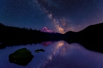 Galaxy over Mount Hood  by flickr user ang