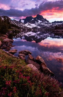Garnett Lake the Sierra Nevada Ranges -