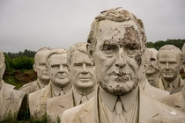 Giant statues of US Presidents from Presidents Park  article and album in comments