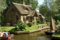 Giethoorn The Enchanting Town Without Streets Netherlands