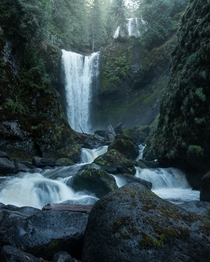 Gifford Pinchot NF has some neat waterfalls WA USA