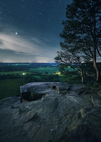 Giving way to night and fading away into stardust atop Gibraltar Rock in southern Wisconsin