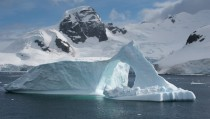 Glacier in the Antarctic Circle