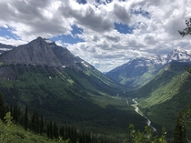 Glacier National Park Landscape from the Going-to-the-Sun Road   x
