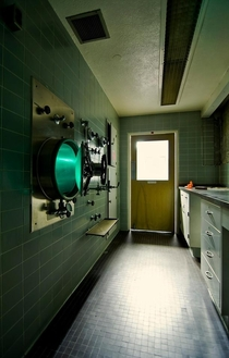 Go into the light Autoclave next to the operating room Agnews abandoned hospitalasylum complex OC x