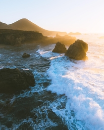 Golden hour on the Central Coast of California Always such a magical experience