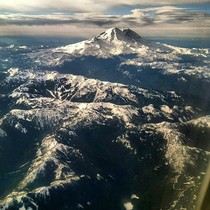Got a clear view of Mount Rainier while flying into Seattle a few weeks ago