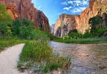 Got to experience Zion National Park recently Absolutely breathtaking