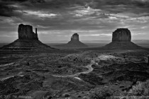 Got to Monument Valley after a  hr drivejust in time to catch some interesting light