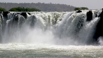 Gouina Falls Mali photo by Jacques Taberlet