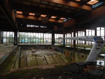 Grossingers Resort - Abandoned Pool