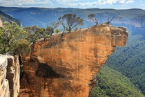 Hanging Rock in Blue Mountains National Park NSW Australia  Photographed by LA Thompson