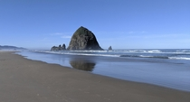 Haystack Rock amp Needles Cannon Beach OR