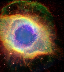 Helix Nebula A Dying Star That Keeps On Shining  Light Years Away