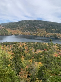 Hellooo fall foliage View from Jordan Pond Cliffs - Acadia National Park Maine