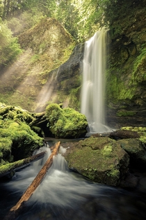 Heres a pretty waterfall from somewhere deep with in the Gifford Pinchot National Forest in Washington state Have a nice weekend OC  IG john_perhach_photo
