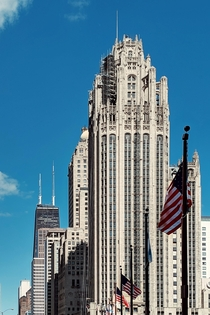 Heres another Chicago picture The breadth of the architecture is amazing here