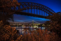 Heres the RFK Bridge framed by the Hell Gate Railroad Bridge shot from Astoria NYC