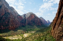 Hike to Angels Landing - Zion National Park UT