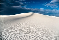 Hiking on the dunes of White Sands New Mexico felt like being on an alien planet