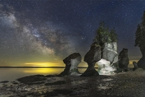 Hopewell Rocks NB Canada x  Donald Lewis