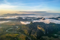 Hot Air Ballooning in Vang Vieng Laos Photo by Jeremy Foster