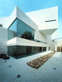 House in Pozuelo de Alarcn by A-cero Architects