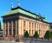 House of Nobility Old Town - Stockholm Sweden  The French-born architect Simon de la Valle started the planning of the building the plans were eventually finished by his son Jean De la Valle in