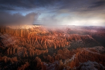 I always visit Bryce Canyon and Zion NP when Im in southern Utah I can never decide which is my favorite I love Zion but morning light on the hoodoos of Bryce is something else Bryce NP Utah  mattymeis