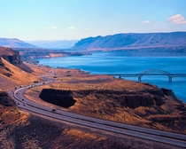 I- and Vantage Bridge WA