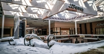 I cant get over the Rolling Acres Mall in Akron Ohio that has been abandoned since Halloween