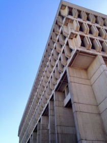 I dont think theres enough Brutalist love on here Boston City Hall by Kallmann McKinnell amp Knowles OC