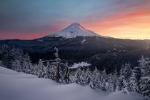I love shooting mountain scenes during Winter Mt Hood is best with a fresh coat of snow OC  ross_schram