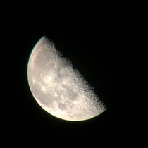 I love this sub I also love taking pics of the moon but havent posted here before I hope you like Cheers from Vancouver BC Canada