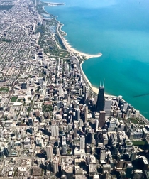 I will never ever get sick of this aerial view of Chicago