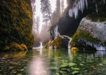 Ice Bowl  Punchbowl Falls OR