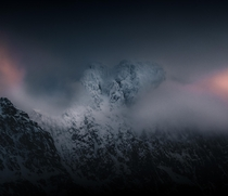 Ice cold peaks laced with sunset drama Svolvr Northern Norway  OC IG arvindj